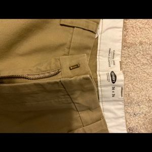 Men's Old Navy Classic Loose fit Khaki's 36x34